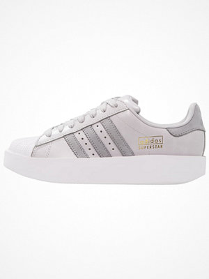 Adidas Originals SUPERSTAR BOLD Sneakers light solid grey/mid grey/footwear white