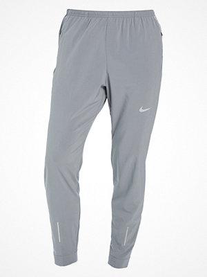 Nike Performance ESSENTIAL Träningsbyxor cool grey/reflective silver
