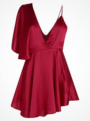 Missguided SATIN SWING Cocktailklänning red