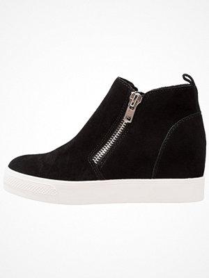 Boots & kängor - Steve Madden WEDGIE Ankelboots black