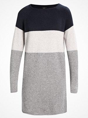 Only ONLLILY  Stickad klänning light grey melange