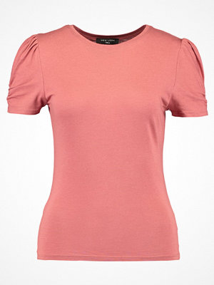New Look Tall PUFF SLEEVE  Tshirt med tryck  chestnut