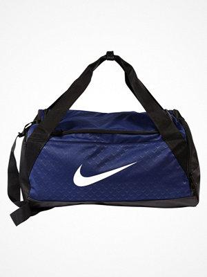 Sport & träningsväskor - Nike Performance BRASILIA S DUFFEL GFX Sportväska binary blue/black/white
