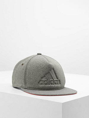 Kepsar - Adidas Performance FLAT CAP Keps night cargo/core red