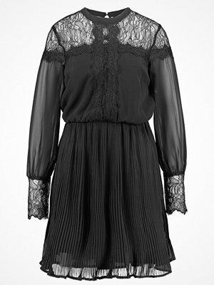 Vero Moda VMLOLA LACE Cocktailklänning black