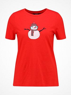 Vero Moda VMSABBIR  Tshirt med tryck high risk red