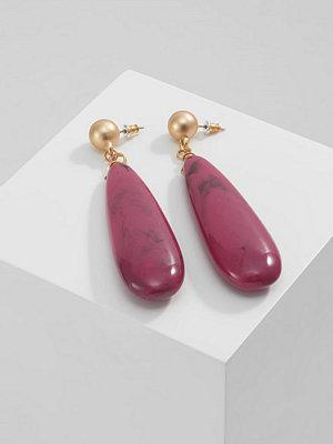 Topshop örhängen RESIN TEARDROP Örhänge pink