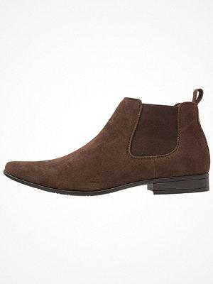 Boots & kängor - New Look WORKWEAR CHELSEA BOOT Stövletter dark brown