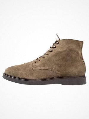 Boots & kängor - H by Hudson ALDFORD Snörstövletter olive