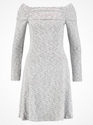 Dorothy Perkins FOLD OVER BRUSHED BARDOT  Stickad klänning grey marl