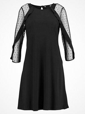 Dorothy Perkins INSERT SWING Cocktailklänning black