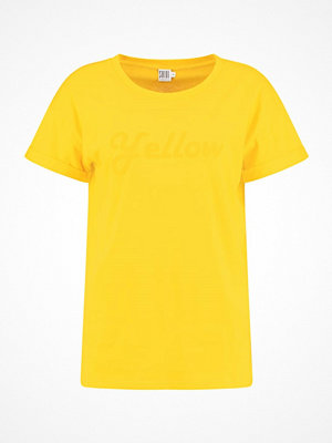 Saint Tropez TSHIRT WITH FLOCK PRINT Tshirt med tryck golden yellow