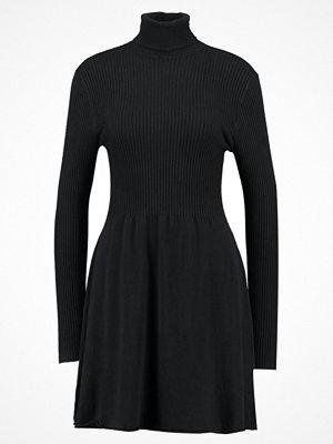 Only ONLALMA  Stickad klänning black