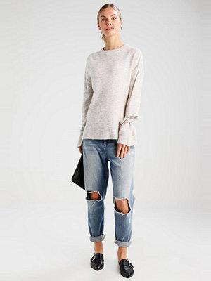 Vero Moda VMCERSEI ONECK  Stickad tröja light grey melange