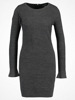 Dorothy Perkins Stickad tröja charcoal