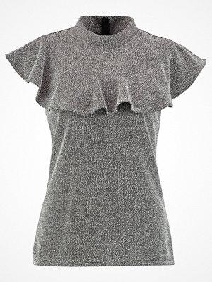 Banana Republic Tshirt med tryck light grey