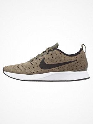 Sneakers & streetskor - Nike Sportswear DUALTONE RACER PRM Sneakers oliv