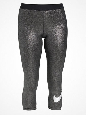 Nike Performance COOL Träningsshorts 3/4längd black/metallic silver