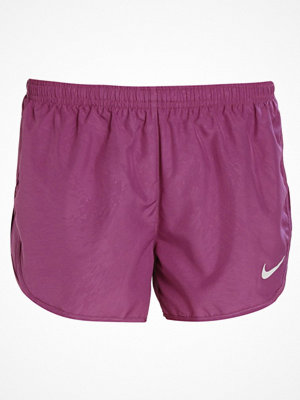 Nike Performance DRY MODERN TEMPO EMBOSSED Träningsshorts tea berry/reflective silver