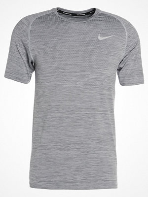 Nike Performance DRI FIT  Tshirt bas pure platinum/cool grey/reflective silver