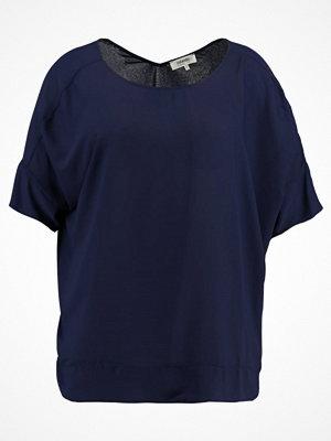 Zalando Essentials Curvy Blus maritime blue