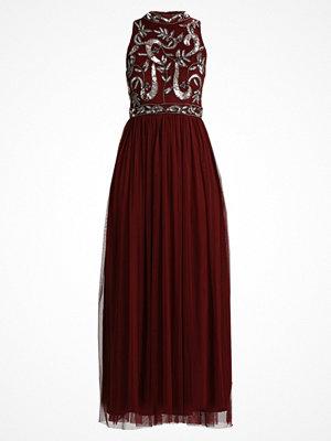 Lace & Beads AARUSHI Festklänning burgundy