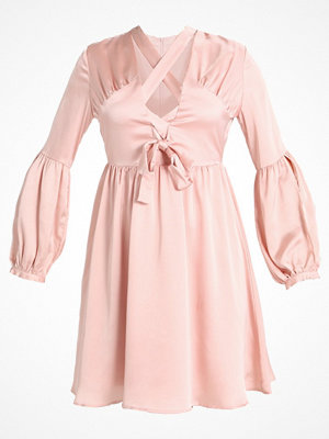 Lost Ink LACE UP DRESS FIT AND FLARE Cocktailklänning pink