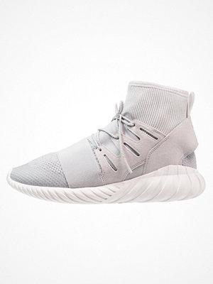 Adidas Originals TUBULAR DOOM WINTER Höga sneakers grey two/vintage white