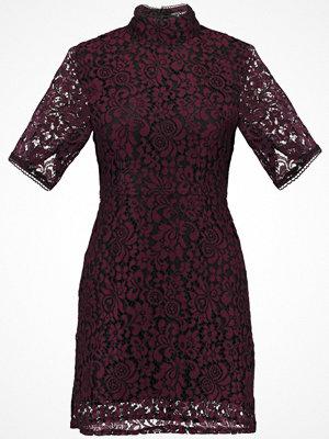 Festklänningar - Fashion Union CHARLESTON Cocktailklänning burgundy