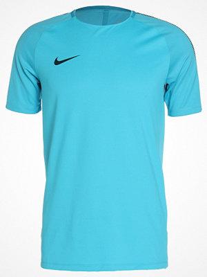 Nike Performance SQAD Tshirt med tryck light blue fury/armory navy