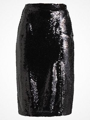 Fashion Union Petite BATON SEQUIN PETITE Pennkjol black