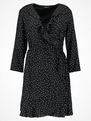 Only ONLEMMA WRAP DRESS Sommarklänning black