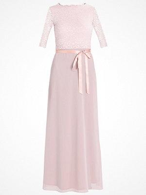TFNC XENIA  Festklänning whisper pink