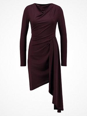 Topshop ASSYM Stickad klänning red
