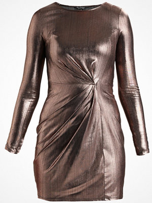 Miss Selfridge FOILED TWIST MINI DRESS Cocktailklänning rose gold
