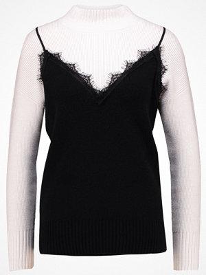 Even&Odd FAKE CAMI  Stickad tröja offwhite/black