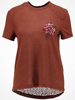 Only ONLHELENA BOX Tshirt med tryck tortoise shell