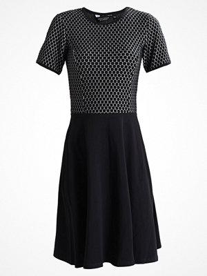Dorothy Perkins SPOT  Stickad klänning navy