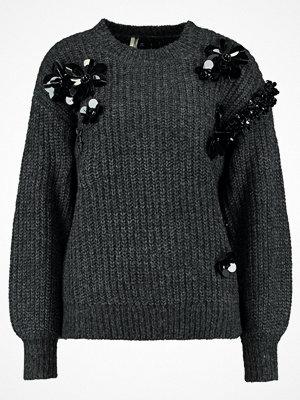 Topshop CLUSTER EMBELLISHMENT Stickad tröja charcoal