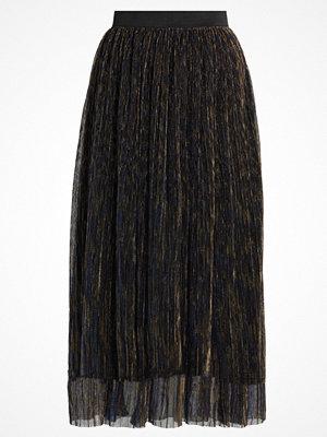 Storm & Marie OTTHILD Veckad kjol black