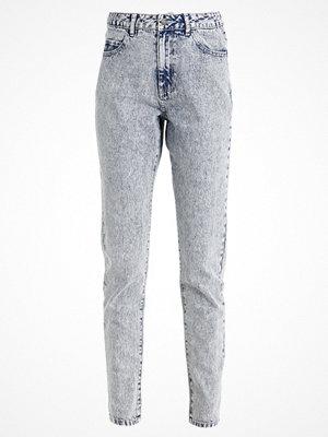 Vero Moda VMNINETEEN  Jeans Tapered Fit dark blue denim