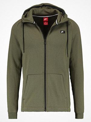 Street & luvtröjor - Nike Sportswear Sweatshirt medium olive
