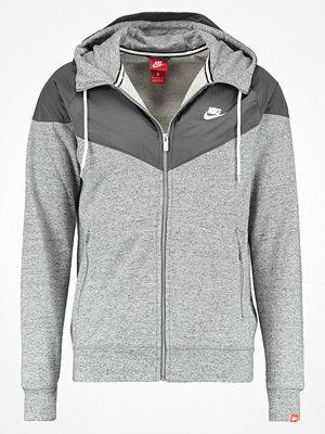 Street & luvtröjor - Nike Sportswear Sweatshirt cool grey/carbon heather