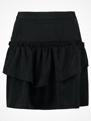 Vero Moda VMNIKKI  Alinjekjol black