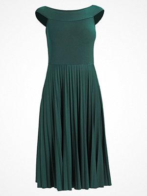 Anna Field PLEATED Jerseyklänning dark green