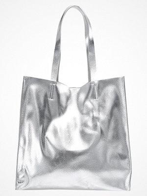 Vero Moda ljusgrå shopper VMANNI  Shoppingväska silver