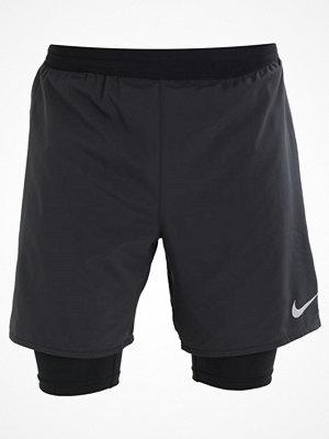 Nike Performance Träningsshorts black/silver