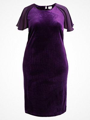 Zizzi DRESS 1/2 Cocktailklänning purple