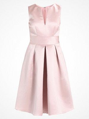 Swing Cocktailklänning rosa