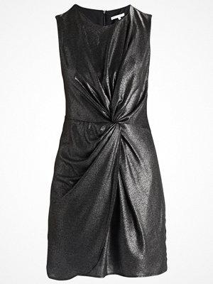 mint&berry DRAPED PRINT KNEE LENGTH DRESS Cocktailklänning black metal